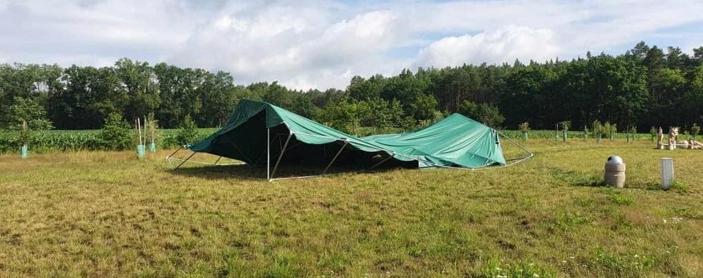 Ilustracja do informacji: Burza zniszczyła gminny namiot
