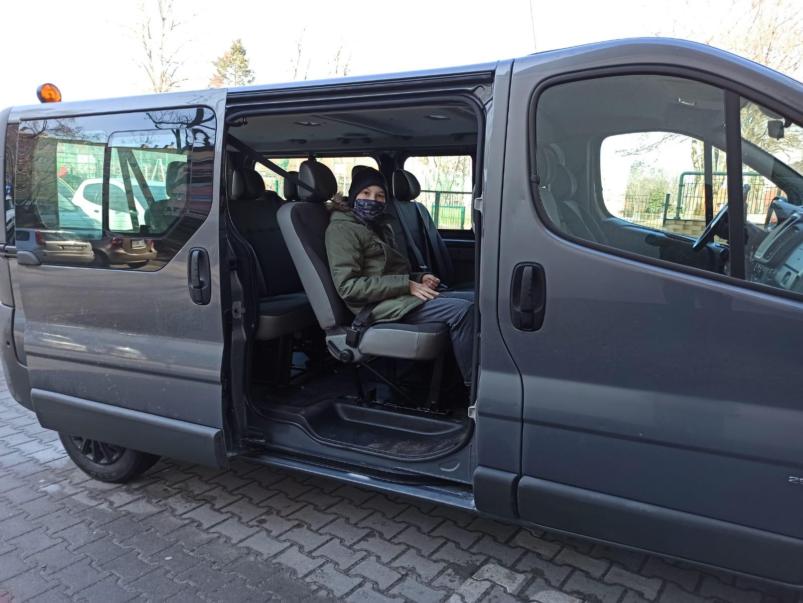 Ilustracja do informacji: Mikrobus do przewozu uczniów niepełnosprawnych